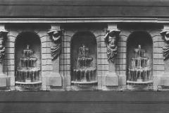 Blenheim, les caryatides de la deuxième terrasse du jardin français, Achille Duchêne, 1923