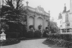 Matignon, le portique de treillage, Achille Duchêne, 1907